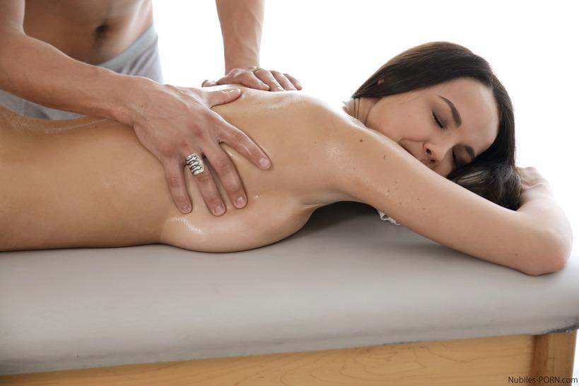 массаж с продолжением фото смотреть
