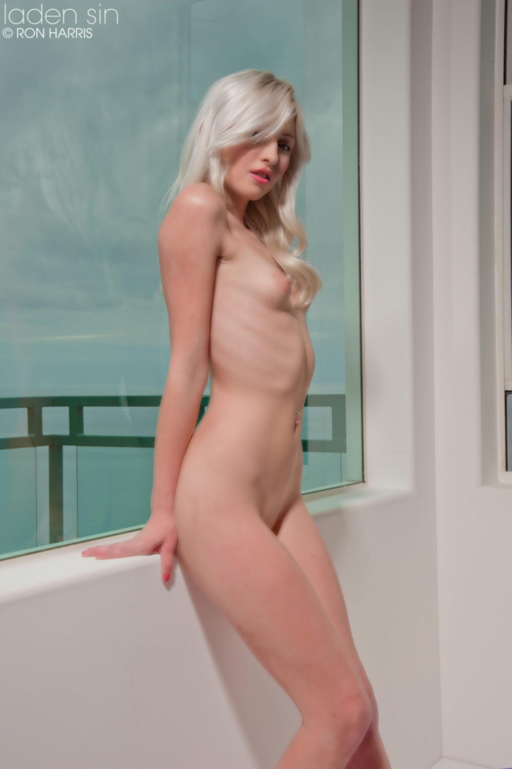 Nude demonstration nackt videos