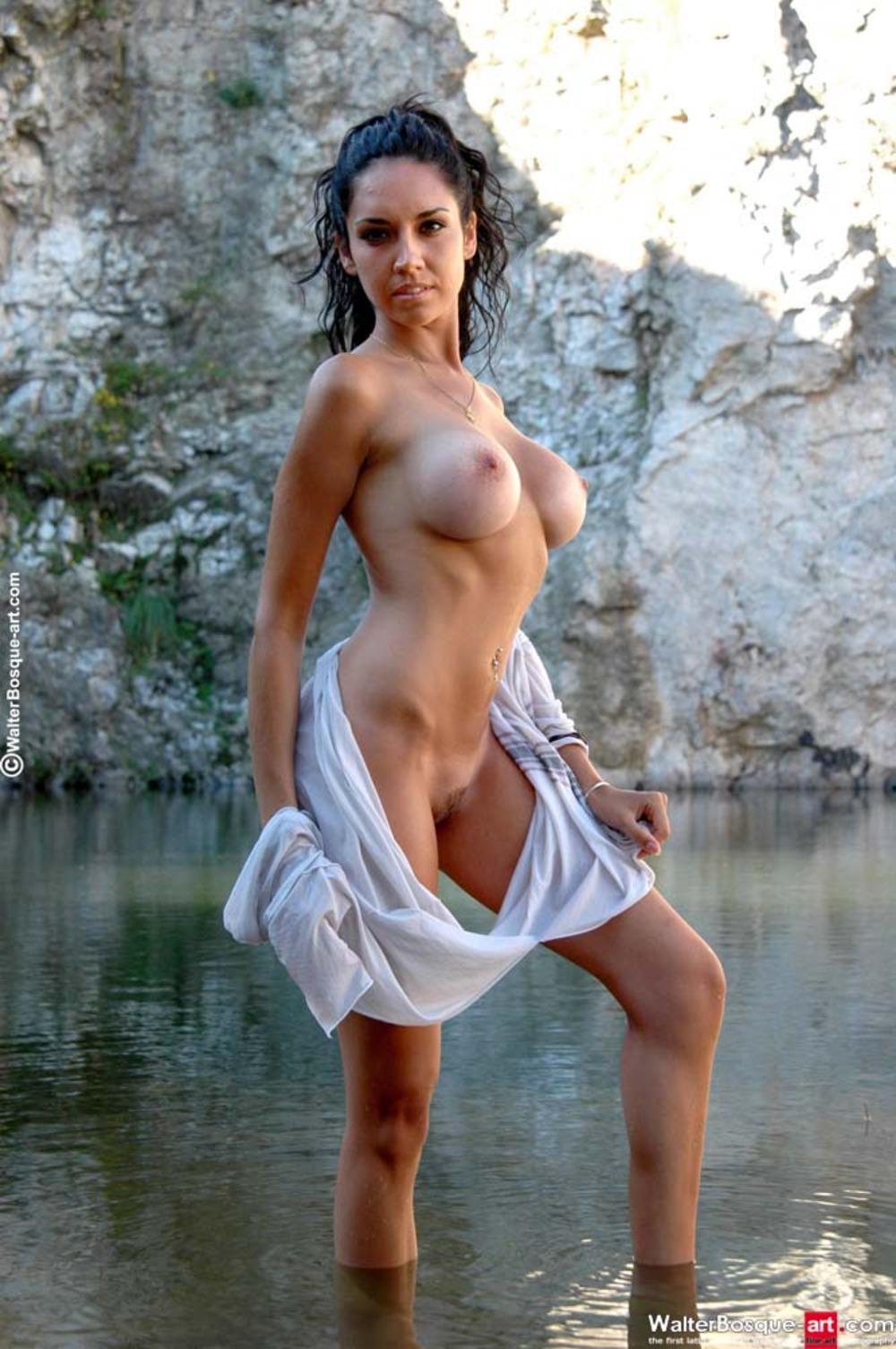 poddelnoe-porno-foto-irini-muromtsevoy-kak-igrat-palchikom-pizdu