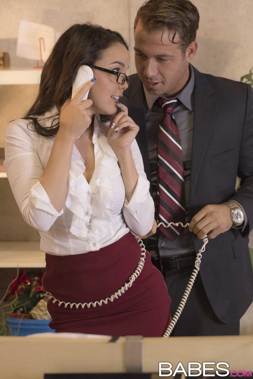 Немецкая секретарша и уу босс, алисия милано порно смотреть онлайн