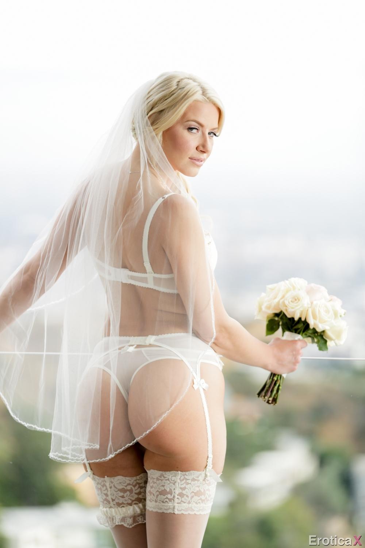 Leeanne Locken Has Moulin Rouge Lingerie Bridal Shower