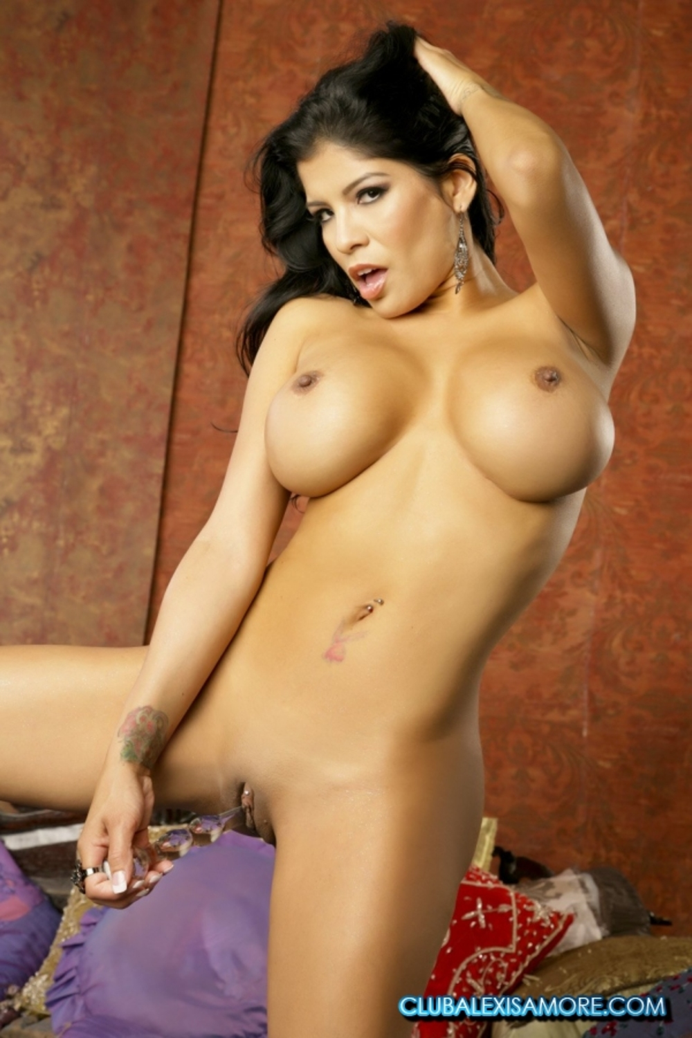 Alexis amore topless