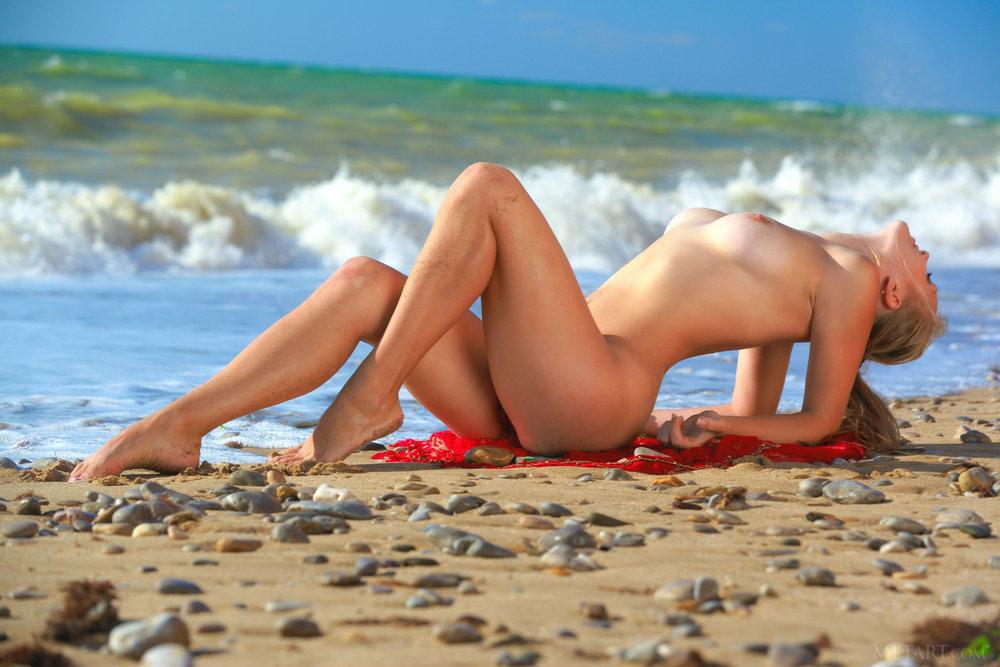 ищете помимо нагишом на пляже после минета зрелый